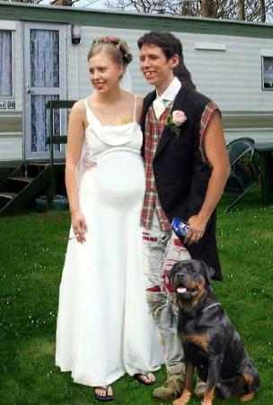 What in the world is going on in this funny wedding photo